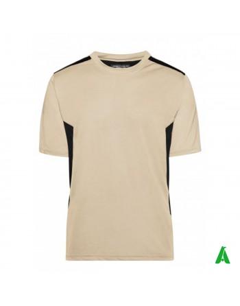 T-Shirt aus 100% Polyester, personalisiert mit Stickerei, Patch oder Print.