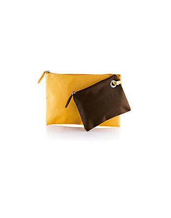 Set Beauty Case promozionale Art. M12854 Ischia colore giallo e marrone, personalizzabile con ricamo o etichetta per aziende.
