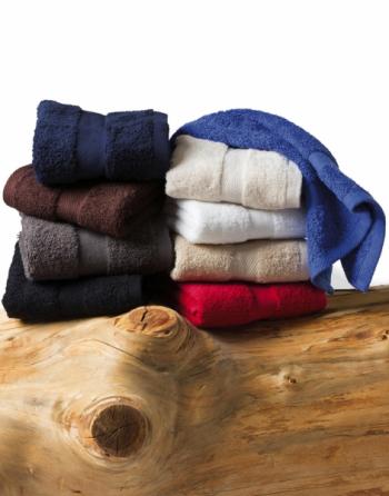 Asciugamano in spugna Gr.550, cm 50x100 in 100% cotone, per hotel , aziende di cosmetica, promozionale, con logo ricamato.