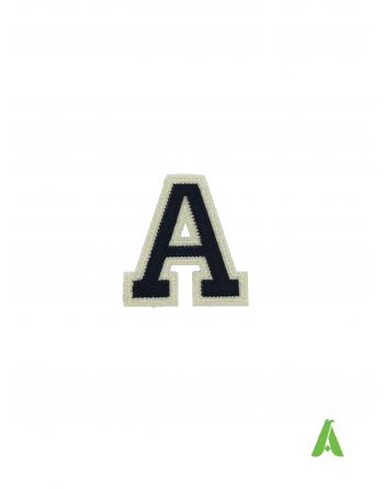 """Buchstabe""""A"""" dunkelblau/beige Alphabets für Textilien,mutzen und Hüte, auf Filz gestickt, zum Nähen oder Aufheizen bereit."""