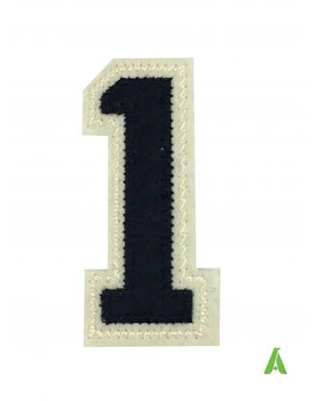 Numero 1 colore blunavy/beige-ecru' realizzato su stoffa termoapplicabile e da cucire su tessile abbigliamento.