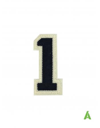 Numero 1 su tessuto feltro-panno colore beige-blu, carattere college, termoadesivo e da cucire su felpe, maglie, abbigliamento.