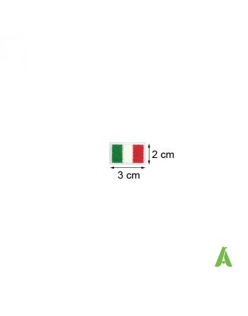 Pequeña Bandera bordada nación Italia con tricolor cm 3 x 2 listo de coser o termoadesivar.