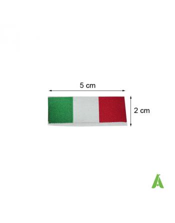 Etichetta Italia tricolore piegata a cavallotto cm 5 x 2, da cucire su abbigliamento, tessile e accessori.