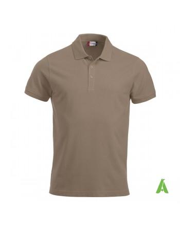 Polo unisexe couleur beige 820, manches courtes, tissu peigné, avec broderies pour les entreprises et le temps libre.