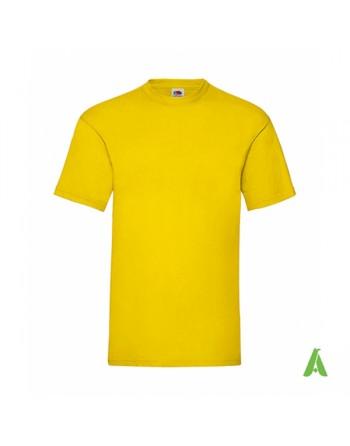 Camiseta de color amarillo K2, personalizada con estampado, serigrafia y logo para empresas, promocionales y deportivas.