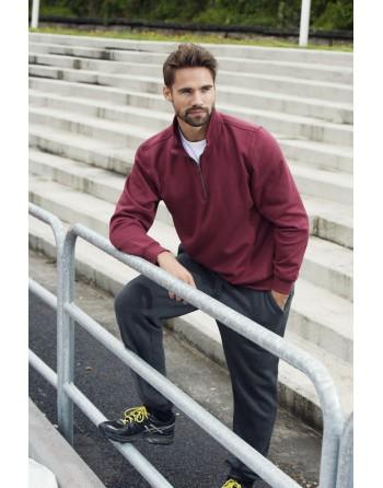 Pantalones deportivos en tejido de sudadera deportiva, personalizados con bordados o estampados.