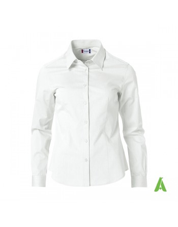 White woman shirt for office, meetings, trade shows and companies with personalized embroidery.