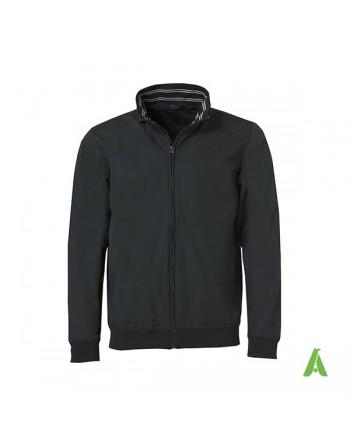 Giubbino primavera estate colore nero idrorepellente con ricamo personalizzato per aziende, promozionale, sport.