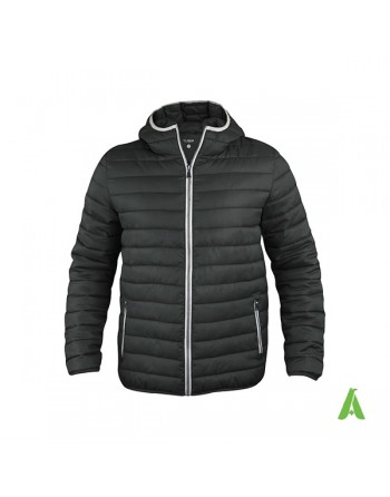 Doudoune unisexe à capuche en noire avec profils contrastés et broderies pour entreprises, promotion, sport.