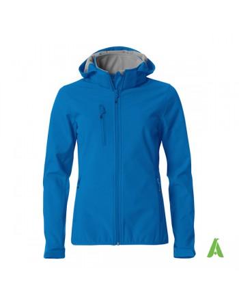 Königsblau Softshelljacke für Damen mit kapuze, individuell gestickter Stickerei für Unternehmen und Sport.