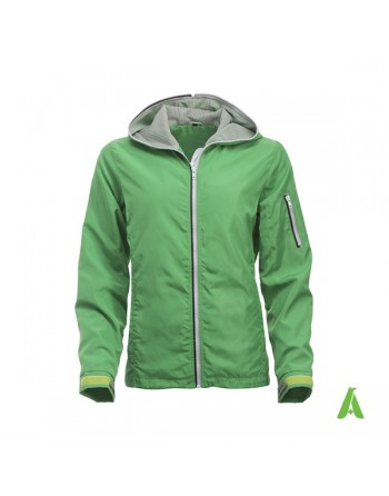 Nautic water repellent jacket, green color for lady, with bespoke embroidery for sea, sport and companies.