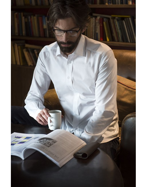 Man regular fit white color shirt, Twill 100% cotton with custom embroidery for companies, meetings and fairs.
