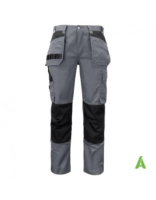 Pantalone da lavoro grigio scuro con tasche flottanti, taglio professionale, para ginocchia e ricamo aziendale personalizzato.