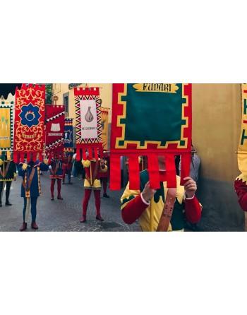 Vessilli e Stendardi Storici con ricami e stampe personalizzati per borghi medioevali, castelli e rievocazione storica