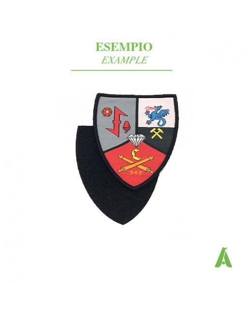 Art.P400 Distintivi-emblemi ricamati con velcro maschio-femmina pronti da cucire su capi d'abbigliamento