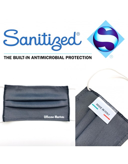 Washable and reusable, antibacterial mask for children with light water-repellent and breathable fabric.