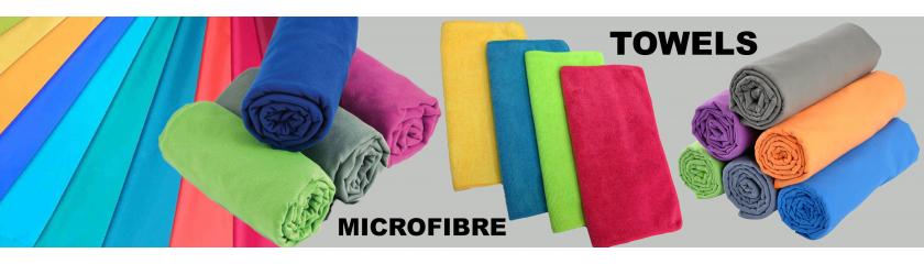 Teli ed asciugamani in microfibra neutri o con logo da  Arem Italia